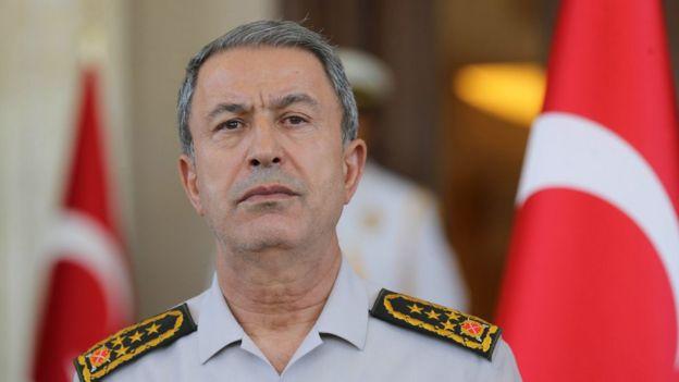 Genelkurmay Başkanı Hulusi Akar'ın da aralarında bulunduğu bazı generaller rehin alınmaları ardından Akıncı Üssü'ne götürülmüştü.