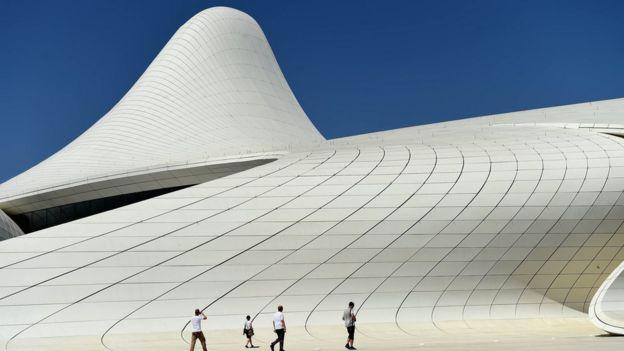 Trung tâm Heydar Aliyev, Baku