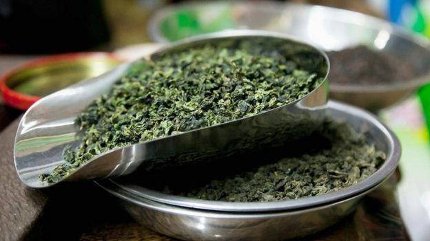 İngiltere ile Çin arasında doğrudan ticaret olmadığı için çay çok pahalıydı.