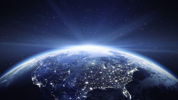Dünyanın uzaydan görüntüsü.