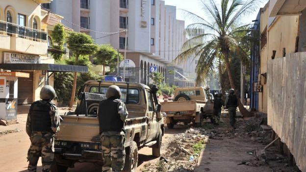 malian troops take position outside the radisson blu hotel in bamako on november 20 2015 - Compact Hotel 2015