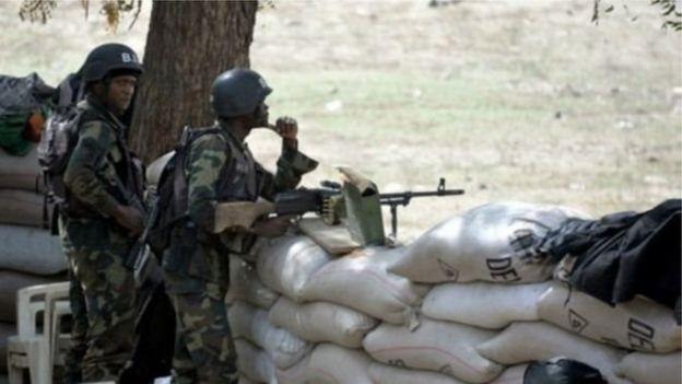 Ces deux policiers portent à dix le nombre de membres des forces de sécurité camerounaises tués dans les régions anglophones en moins d'un mois.