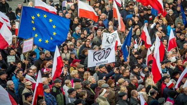 Польша будет судиться с Еврокомиссией