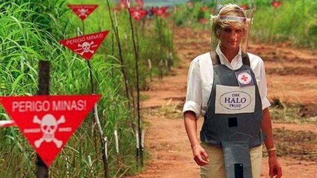 Princess Diana in a minefield in Angola