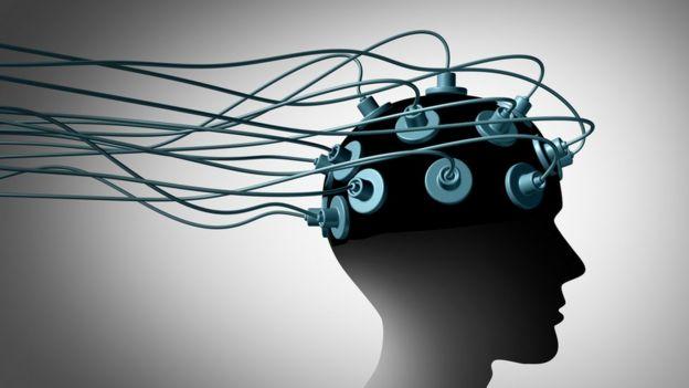 El diseño de una cabeza conectada a varios electrodos