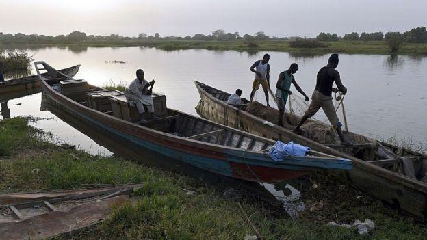 Pescadores no Lago Chade