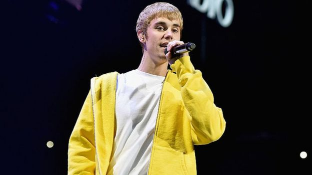 Bieber banned from performing in China