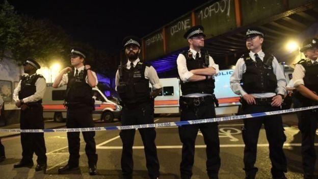 الصور الأولى من موقع الحادث