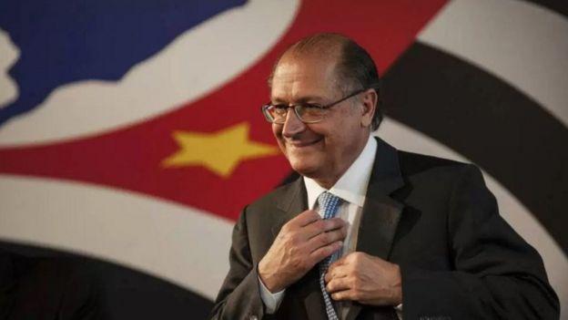 Geraldo Alckmin e a bandeira de São Paulo
