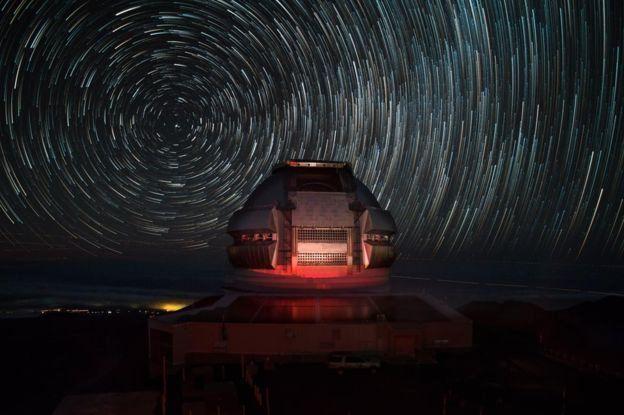 """หอสังเกตการณ์ดาราศาสตร์ Gemini North ที่ฮาวาย คือสถานที่ติดตามศึกษา """"โอมูอามูอา"""" ในครั้งนี้"""