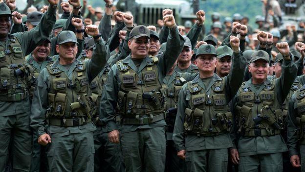 Altos mandos del Ejército.