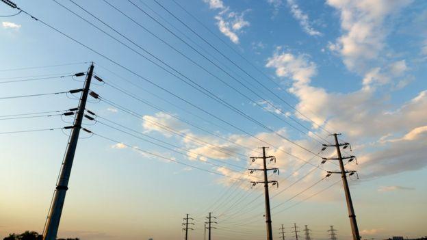 Postes de energía