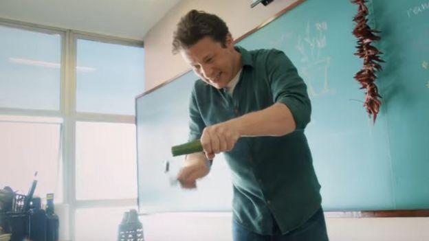 Jamie Oliver em vídeo da Sadia