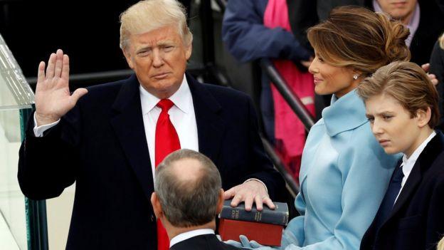 Donald Trump sworn in as president, 20 Jan 17