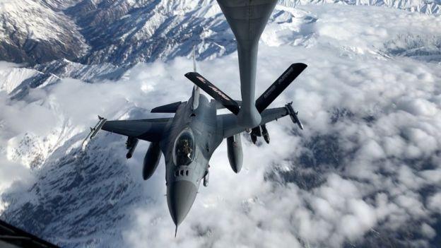 Afganistan'da uçan bir ABD savaş uçağı