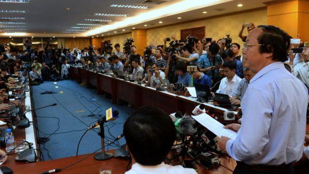 Chính quyền Việt Nam họp báo hồi tháng 7/2016 về vụ Formosa gây ô nhiễm nặng môi trường biển