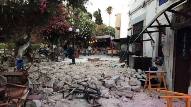 Kos'ta deprem hasarı