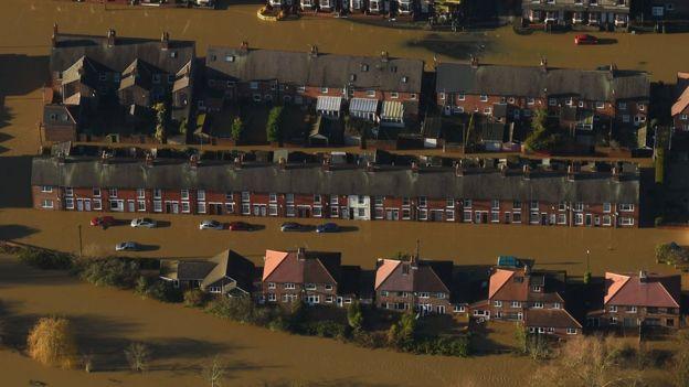 UK floods Extra soldiers sent to stricken areas BBC News – Flood Map York Uk