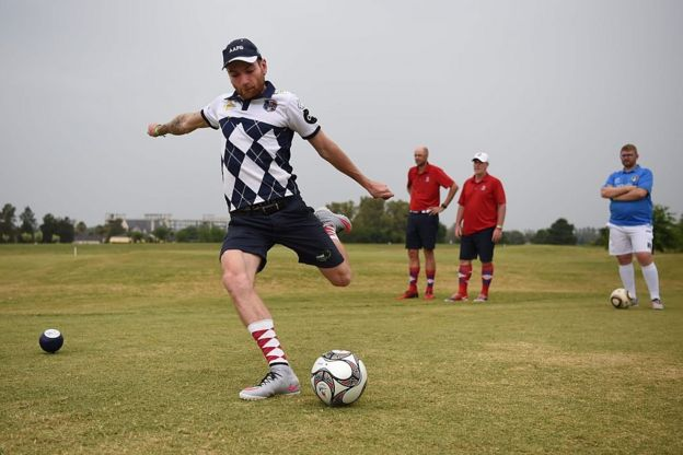 Footgolf.