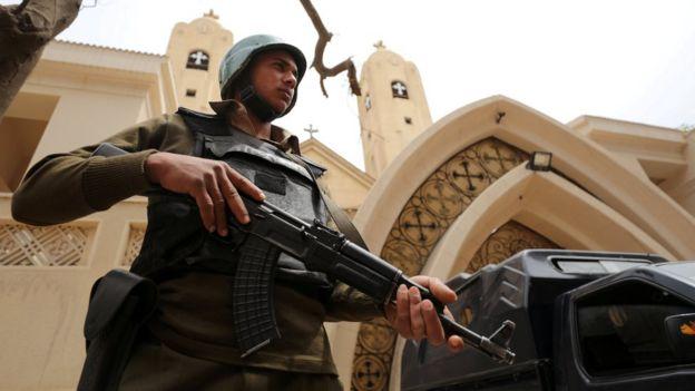 بسیاری از قبطی های مصر شکایت می کنند که مقام ها برای حفاظت از آنها به اندازه کافی تلاش نمی کنند