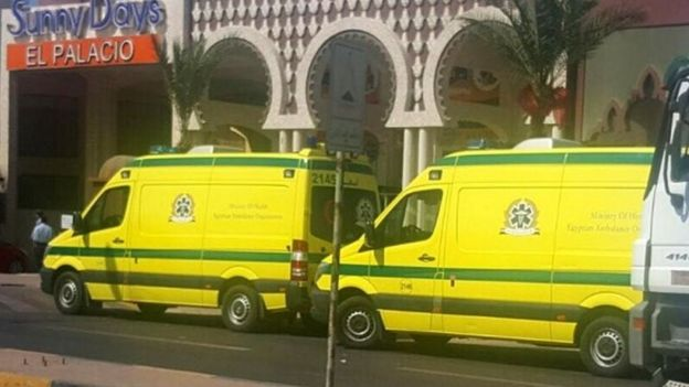 Ambulances wait, according to a local witness, in front one of two beach resorts were the stabbing attacks occurred, in Hurghada (14 July 2017)