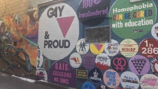 Un mural en el Village de Toronto.