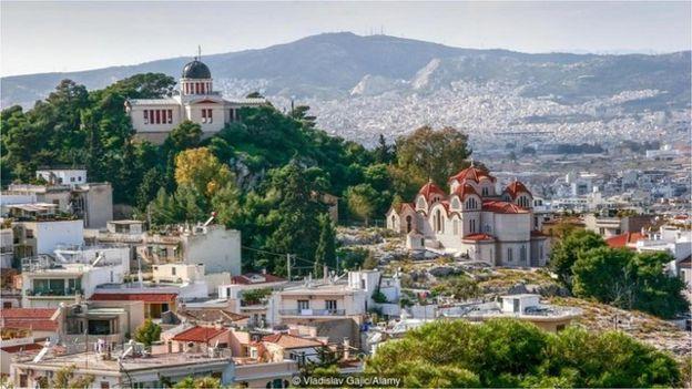 在雅典國家天文台 (National Observatory of Athens) 能夠一覽菲洛帕波斯山帕特農神廟 (Parthenon Philopappou Hill)風光。
