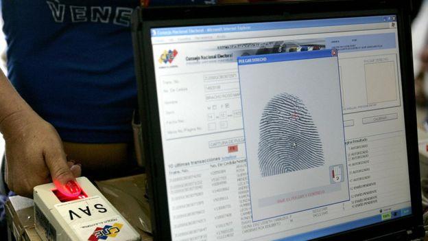 Votante venezolana