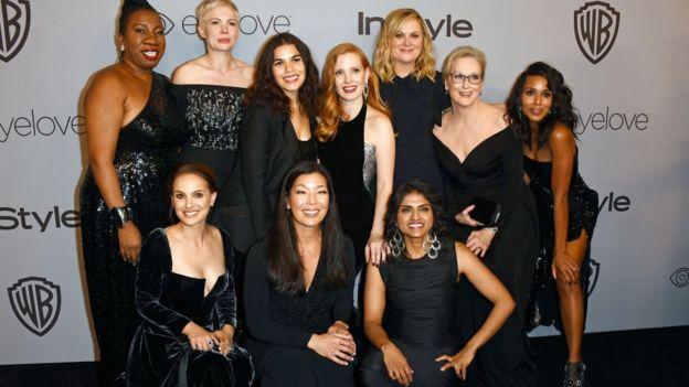 Actrices de Hollywood visten de negro para la entrega de los Globo de Oro