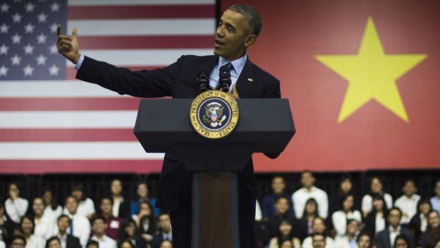 Barack Obama visits Vietnam May 2016