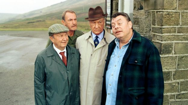 Peter Sallis, Keith Clifford, Frank Thornton and Hywel Bennett in Last of the Summer Wine