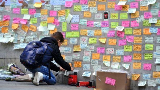 Peace wall at London Bridge