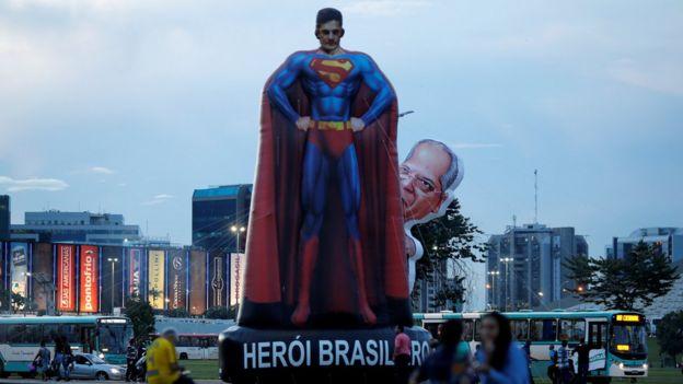 Estatua del juez Sergio Moro