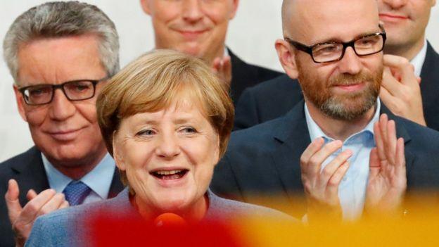 Angela Merkel và bầu cử Đức