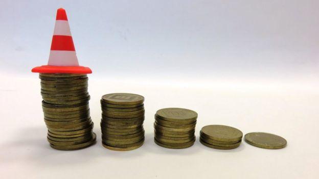 Una escalera de monedas