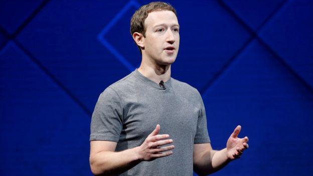 REUTERS :  Mark Zuckerberg, fundador do Facebook, perdeu sozinho quase US$ 5 bilhões após escândalo da Cambridge Analytica