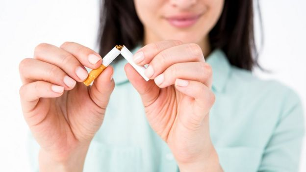 Parar de fumar e adotar outros hábitos mais saudáveis, como fazer exercícios, estão entre as estratégias mais eficazes para prevenção da Dpoc
