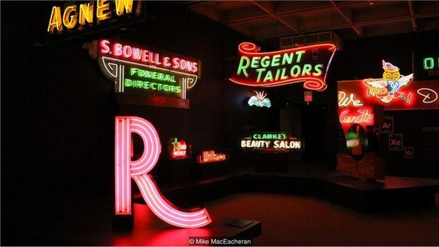溫哥華博物館有常設展覽,陳列著一些歷史性的霓虹燈招牌。