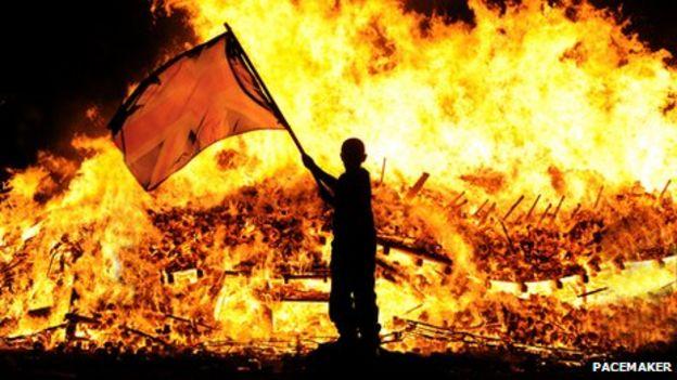 """Résultat de recherche d'images pour """"12 of july bonfire pope"""""""
