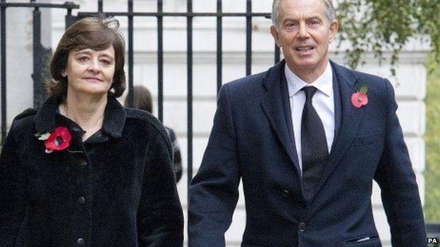 Tony Blair says politicians are underpaid - BBC News
