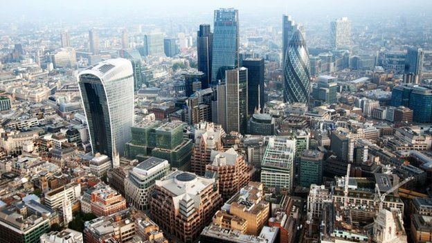 London's population hits 8.6m record high - BBC News