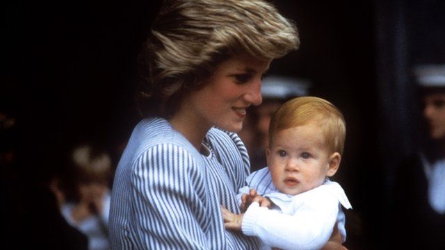 File picture dated 27/08/1985 of Diana Princess of Wales carrying a baby Prince Harry 27/08/1985