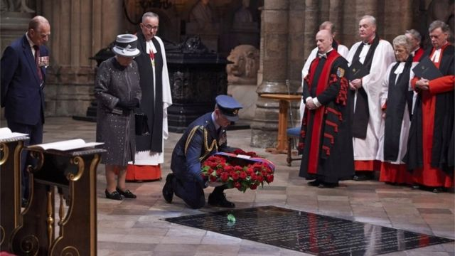 Laying of a wreath on the Grave of the Unknown Warrior at Westminster Abbey