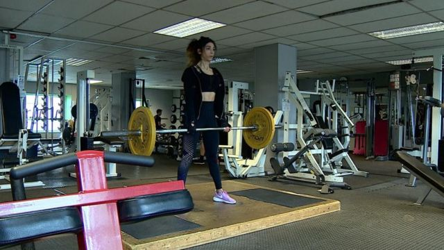 Aroosha lifting weights