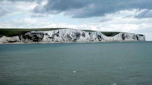 Douglas Waymark dies attempting to swim English Channel