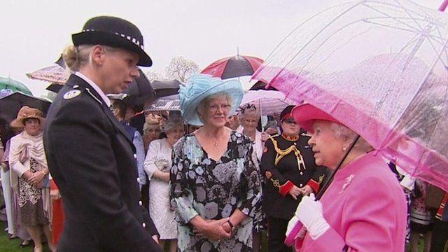 Commander Lucy D'Orsi meets the Queen