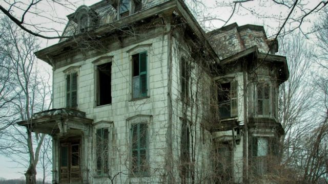Photographing America 39 S Creepiest Houses Bbc News