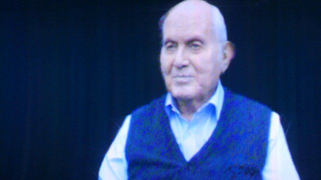 Holocaust survivor, Pinchas Gutter