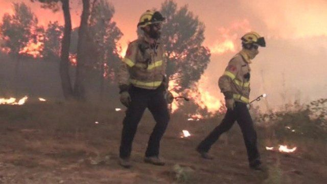 Firefighters tackling blaze in Catalonia