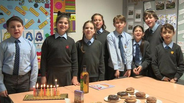 Children tell Newsround about Hanukkah